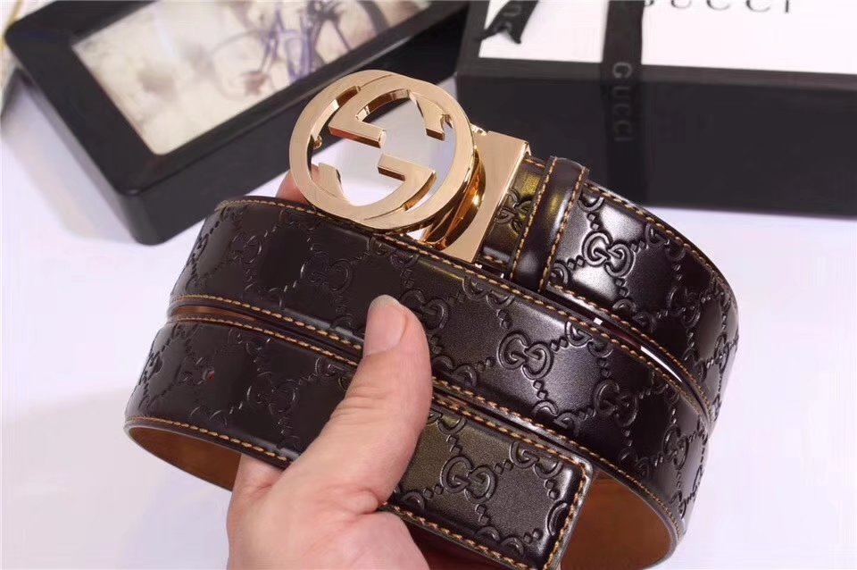 Gucci Men Leather Blet With Gold Buckle 022