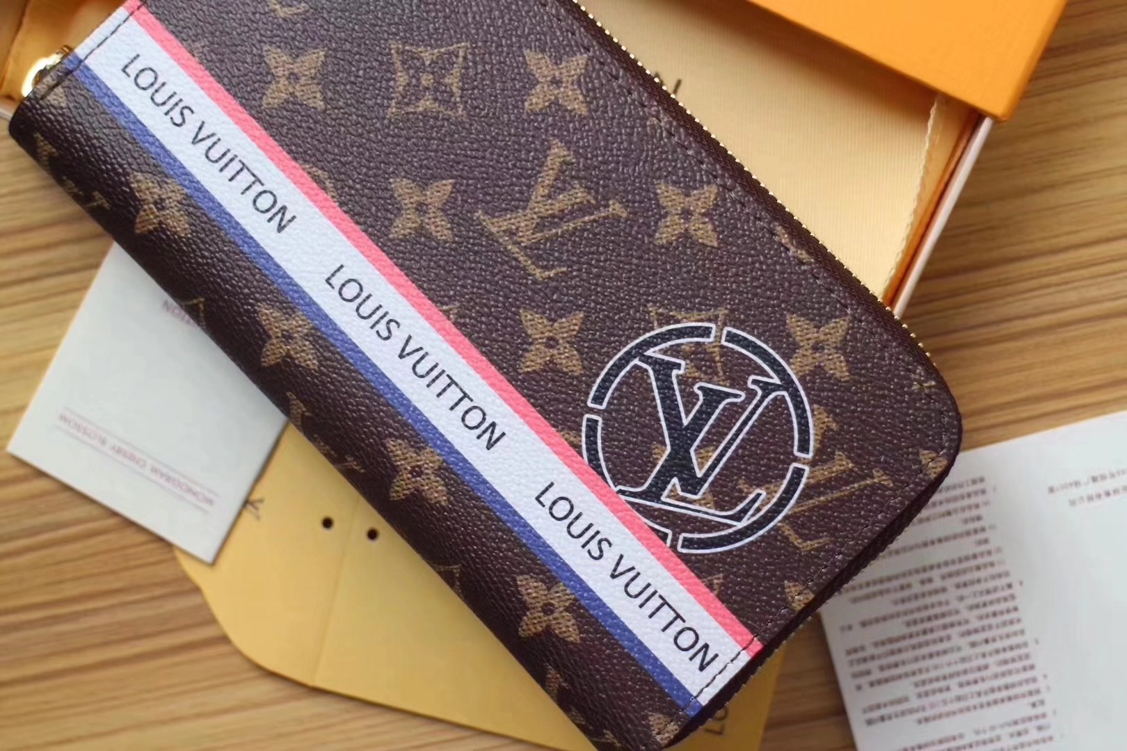 louis vuitton n60017 league women wallet monogram