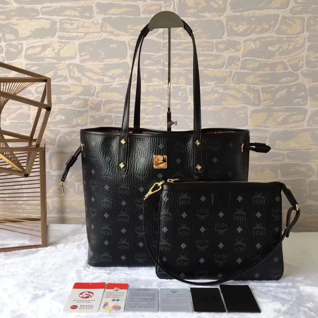 MCM Reversible Liz Shopper Bag In Visetos Black