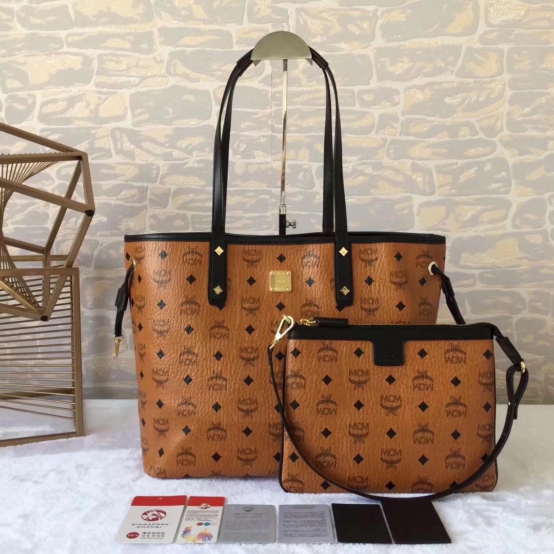 MCM Reversible Liz Shopper Bag In Visetos Cognac