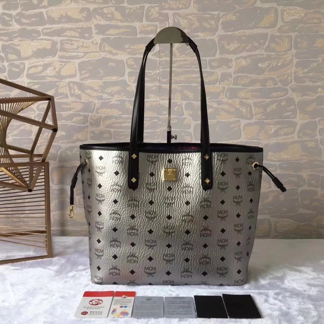 MCM Reversible Liz Shopper Bag In Visetos Silver