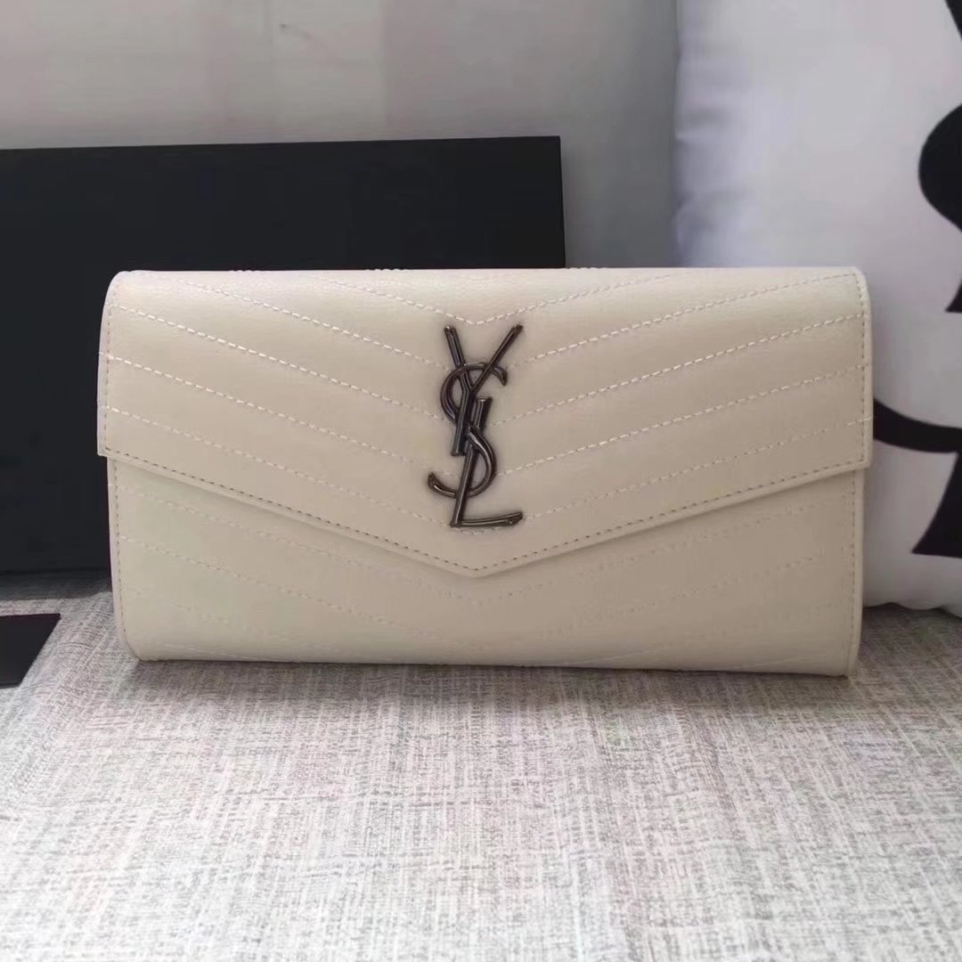 Saint Laurent Large Monogram Flap Wallet In White Grain De Poudre Textured