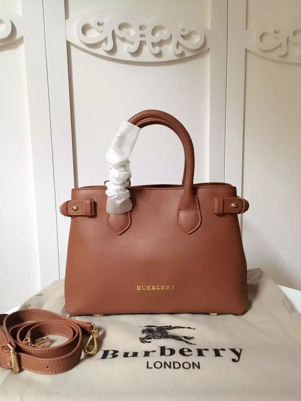 2017 New Burberry Banner 7461 Women Leather Coffee Handbags