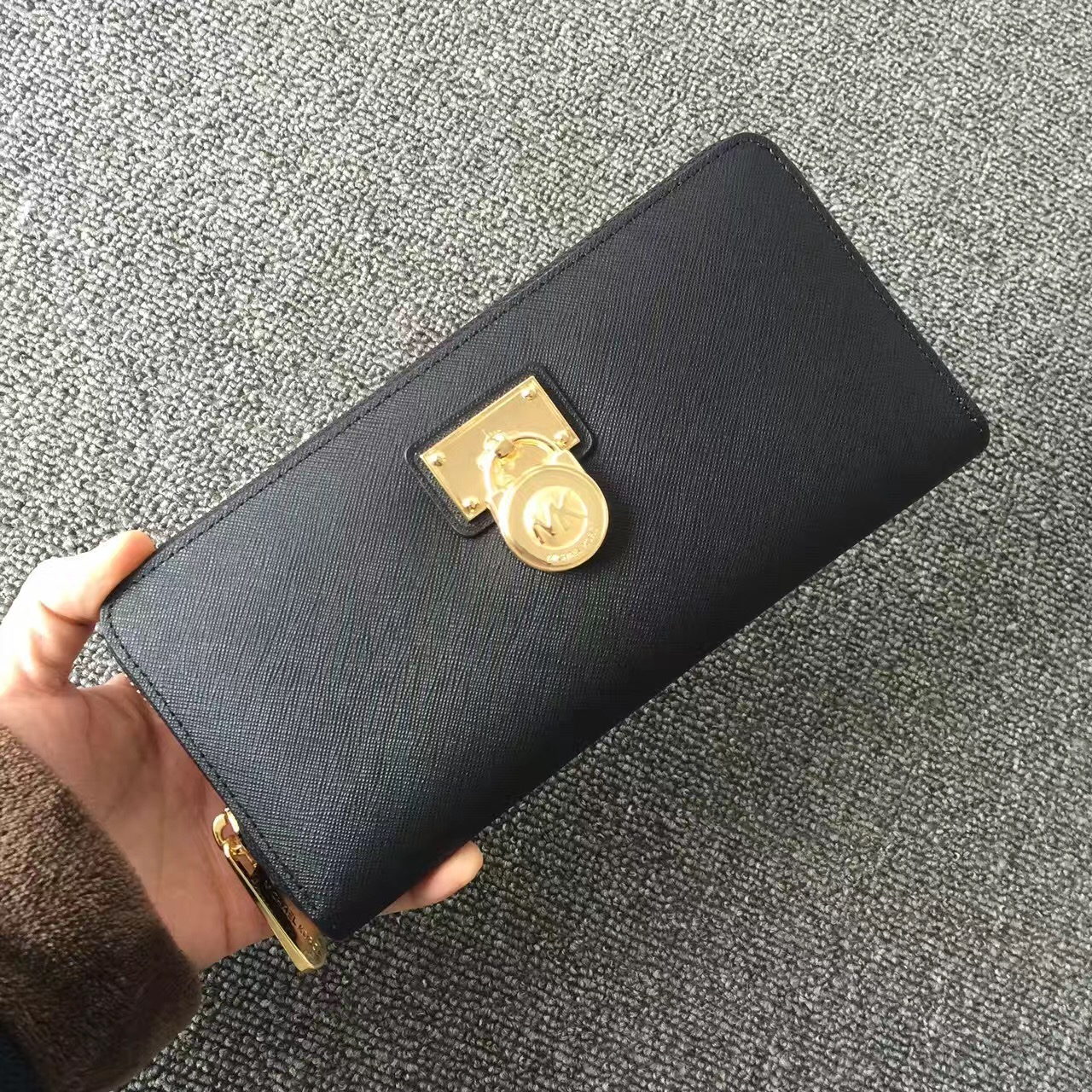 2017 New Michael Kors Lock Women Small Wallets Black