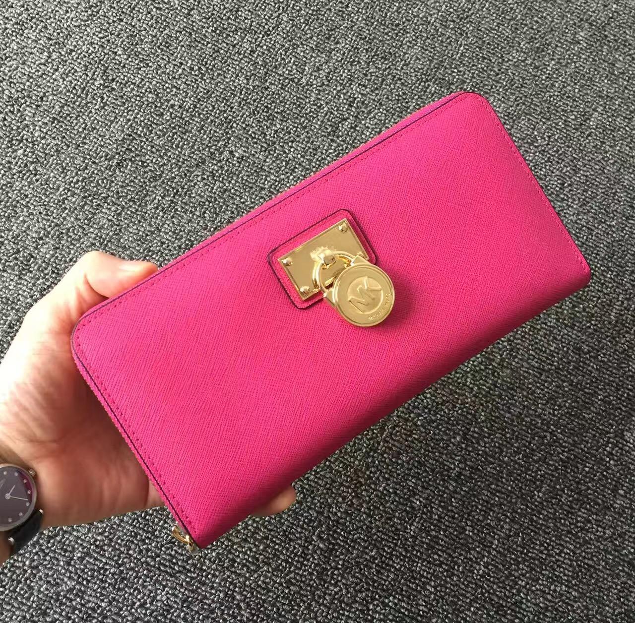 2017 New Michael Kors Lock Women Small Wallets Pink