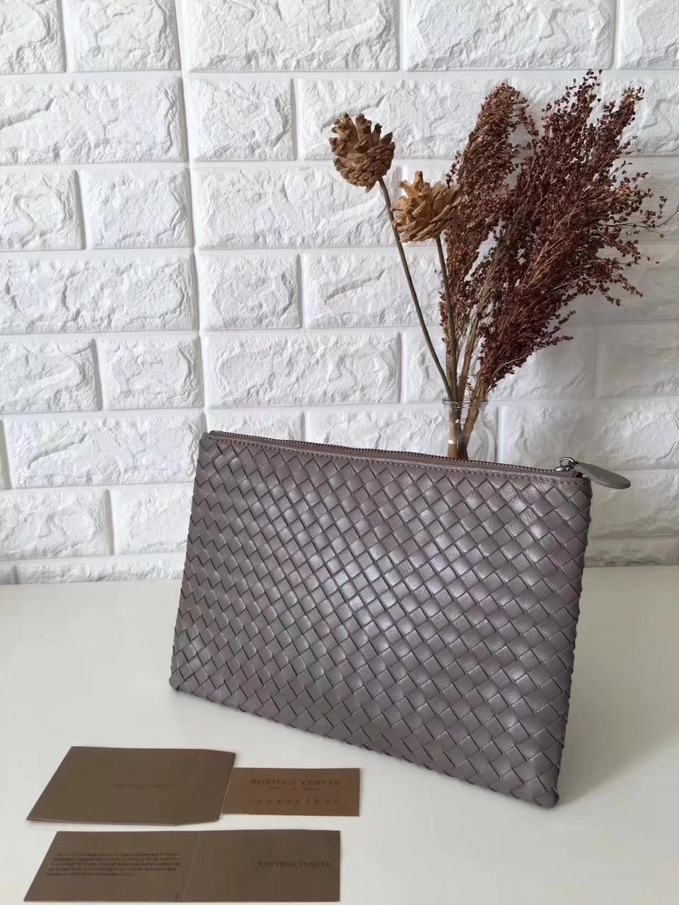 Bottega Veneta Women Leather Clutch Chocolate