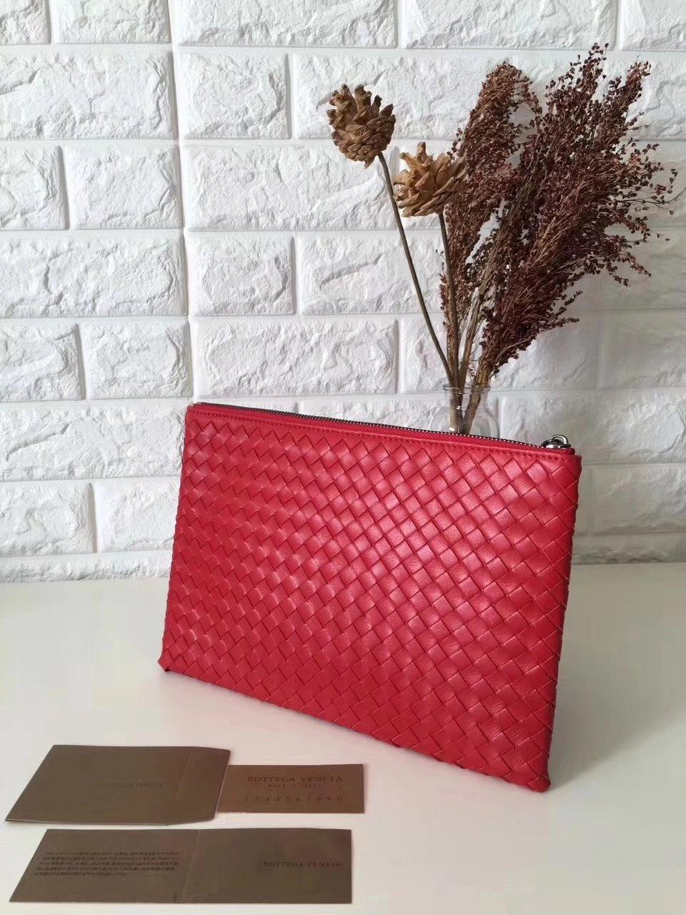 Bottega Veneta Women Leather Clutch Red