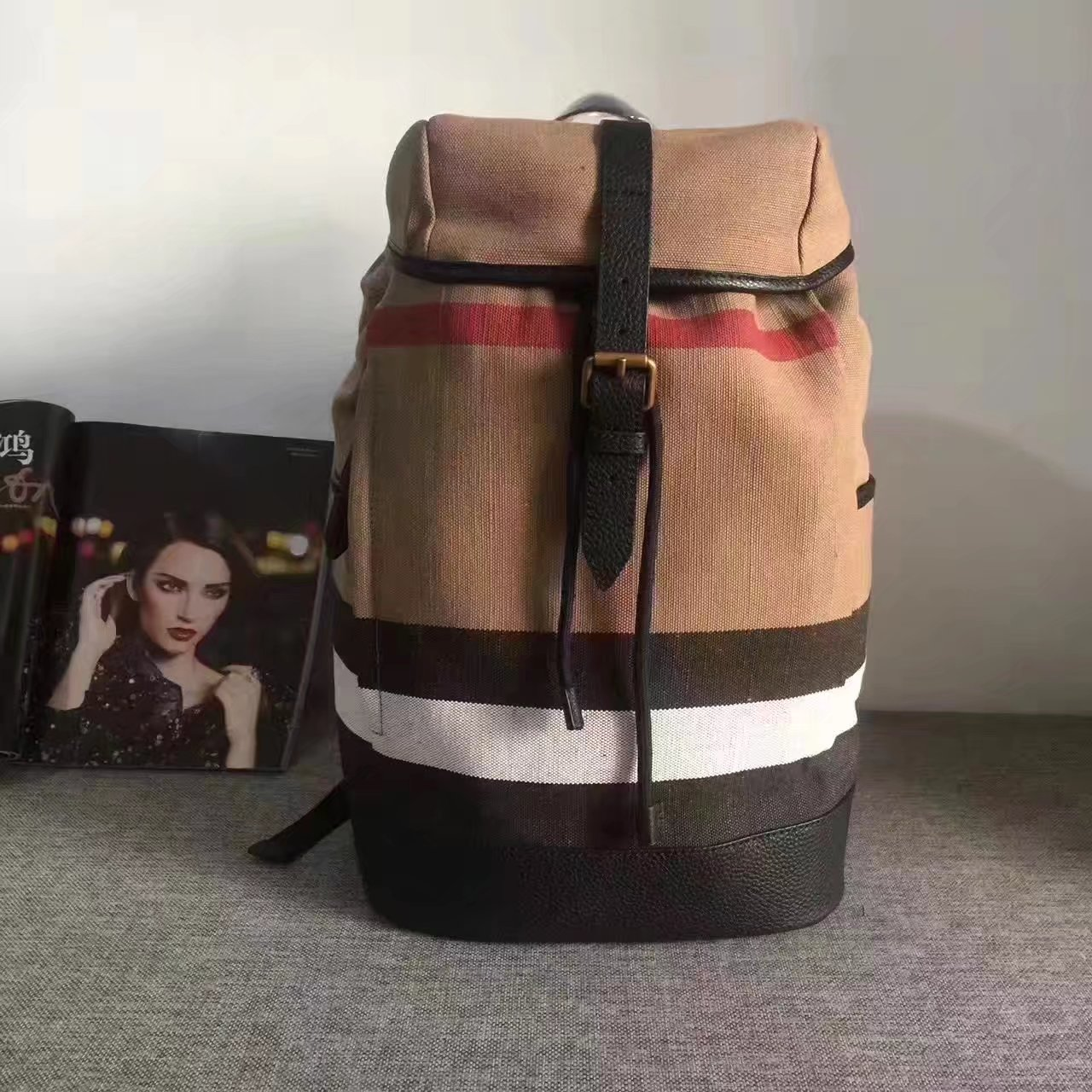 Buberry 2017 Backpack in Canvas Check and Leather