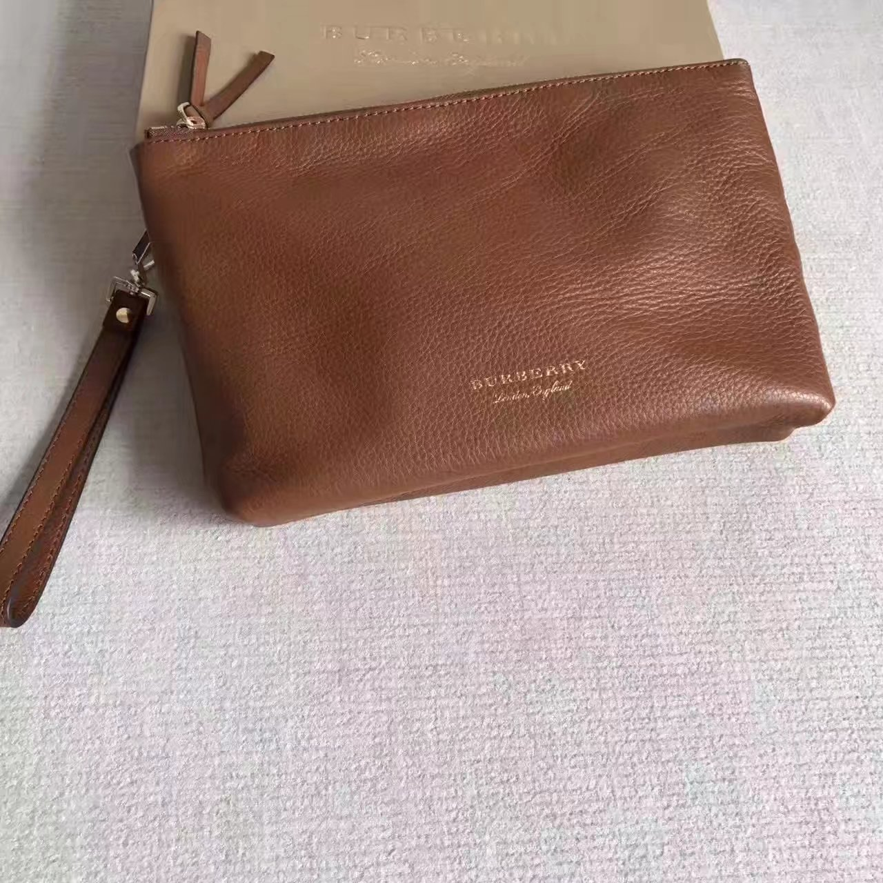 Burberry Women Leather Big Clutch Bag Chestnut Brown