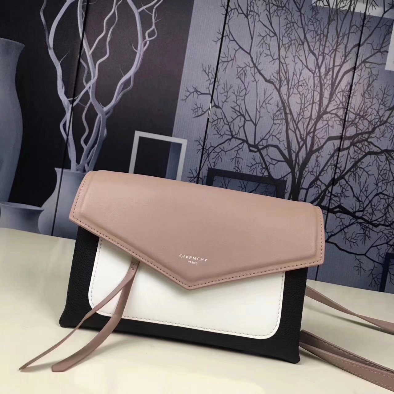 Givenchy Duetto Leather Crossbody Bag Beige-Black