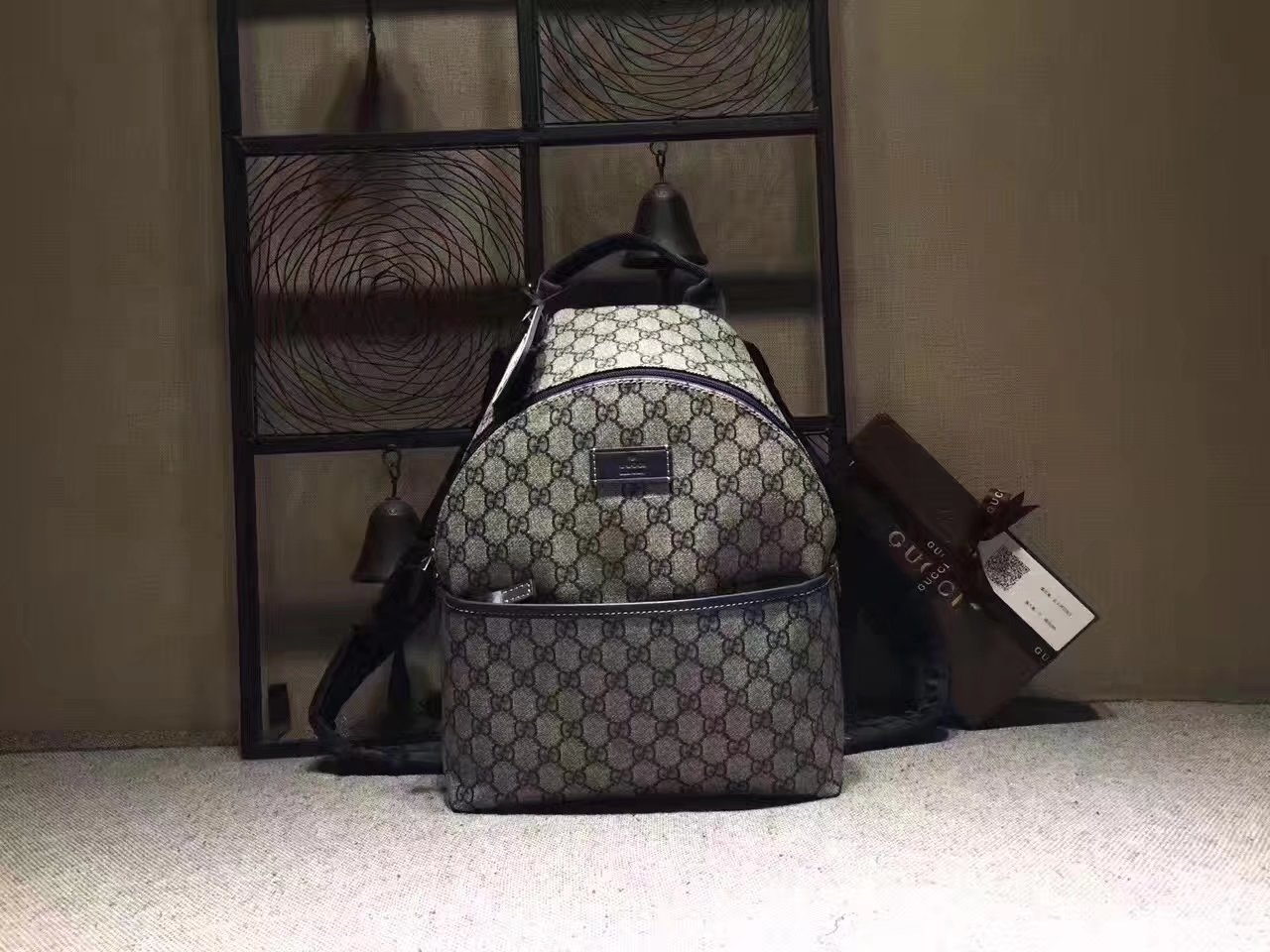 Gucci ‎271327 Children's GG Supreme Women Backpack