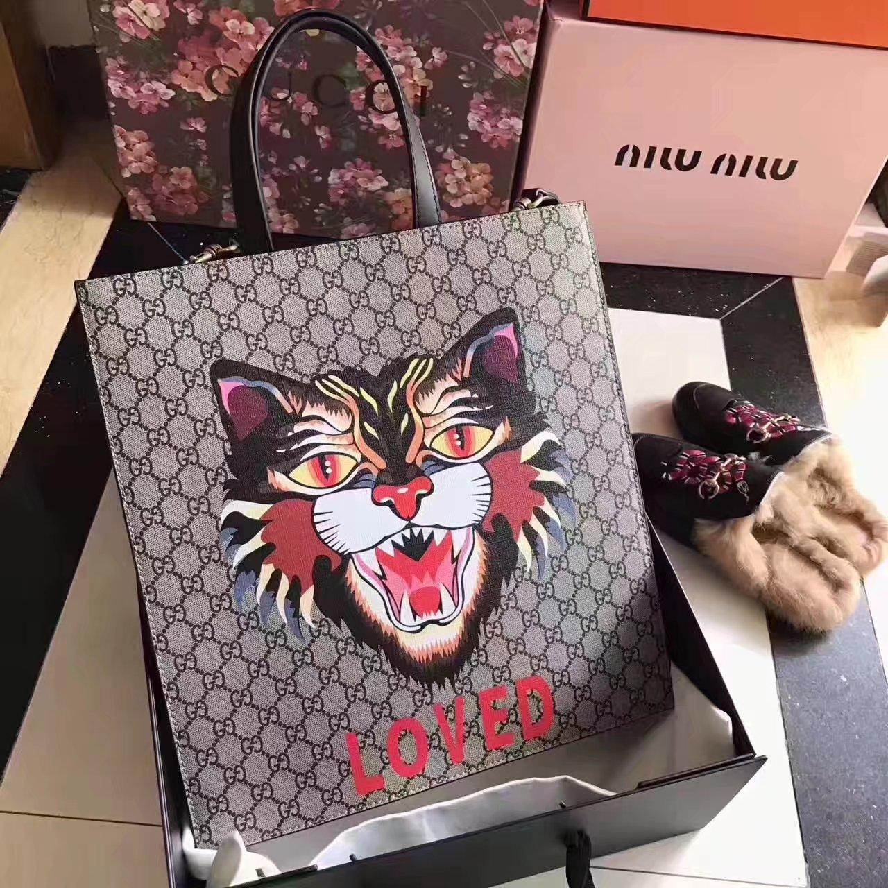 Gucci 450950 Angry Cat Print GG Supreme Tote Bag