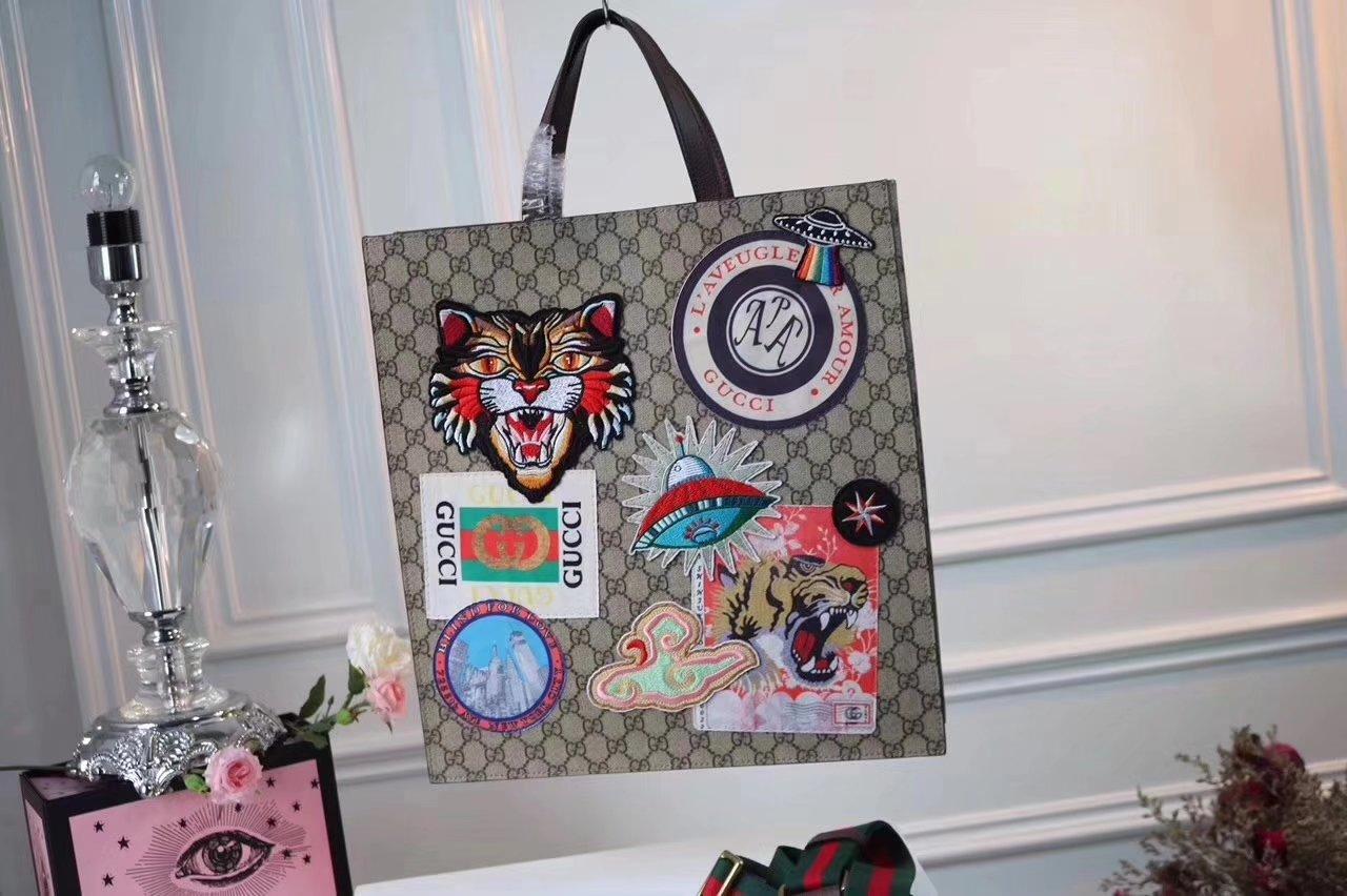 Gucci 474084 Courrier Soft GG Supreme Tote Bag