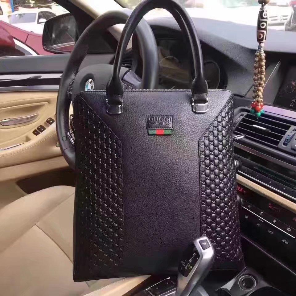 Gucci 634-2 Men Signature Leather Tote Bag Black