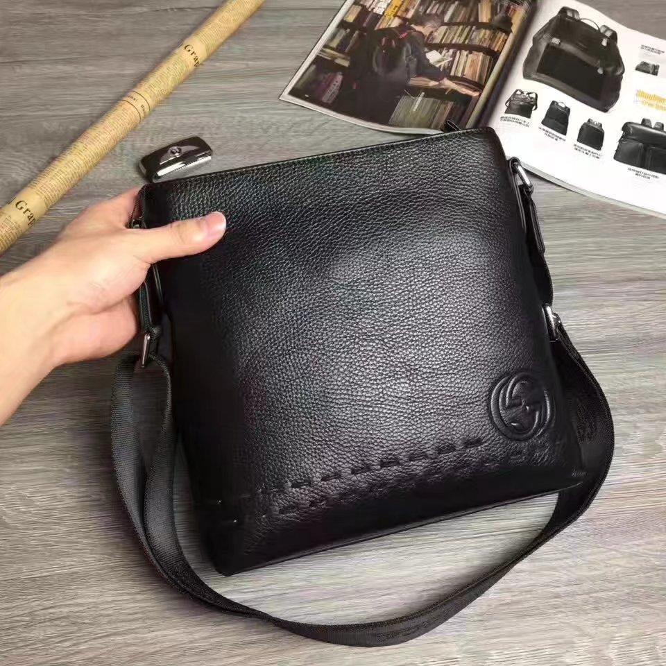 Gucci B80606-4 Men Leather Messenger Bag