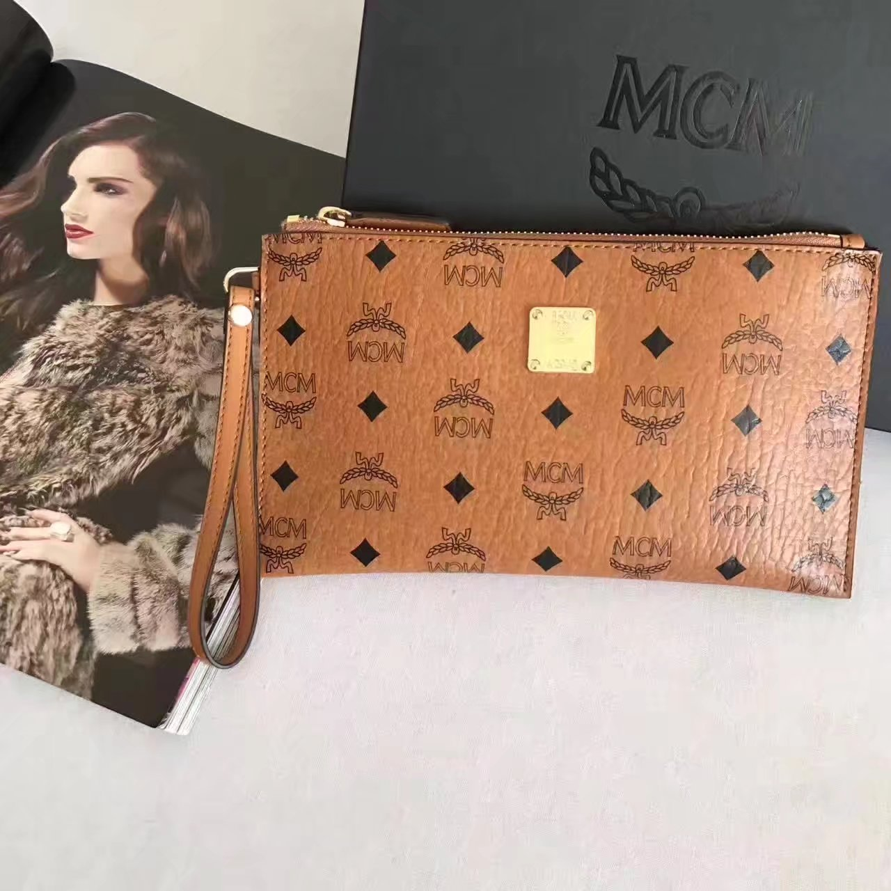 MCM Stark Pouch With Wristlet Brown