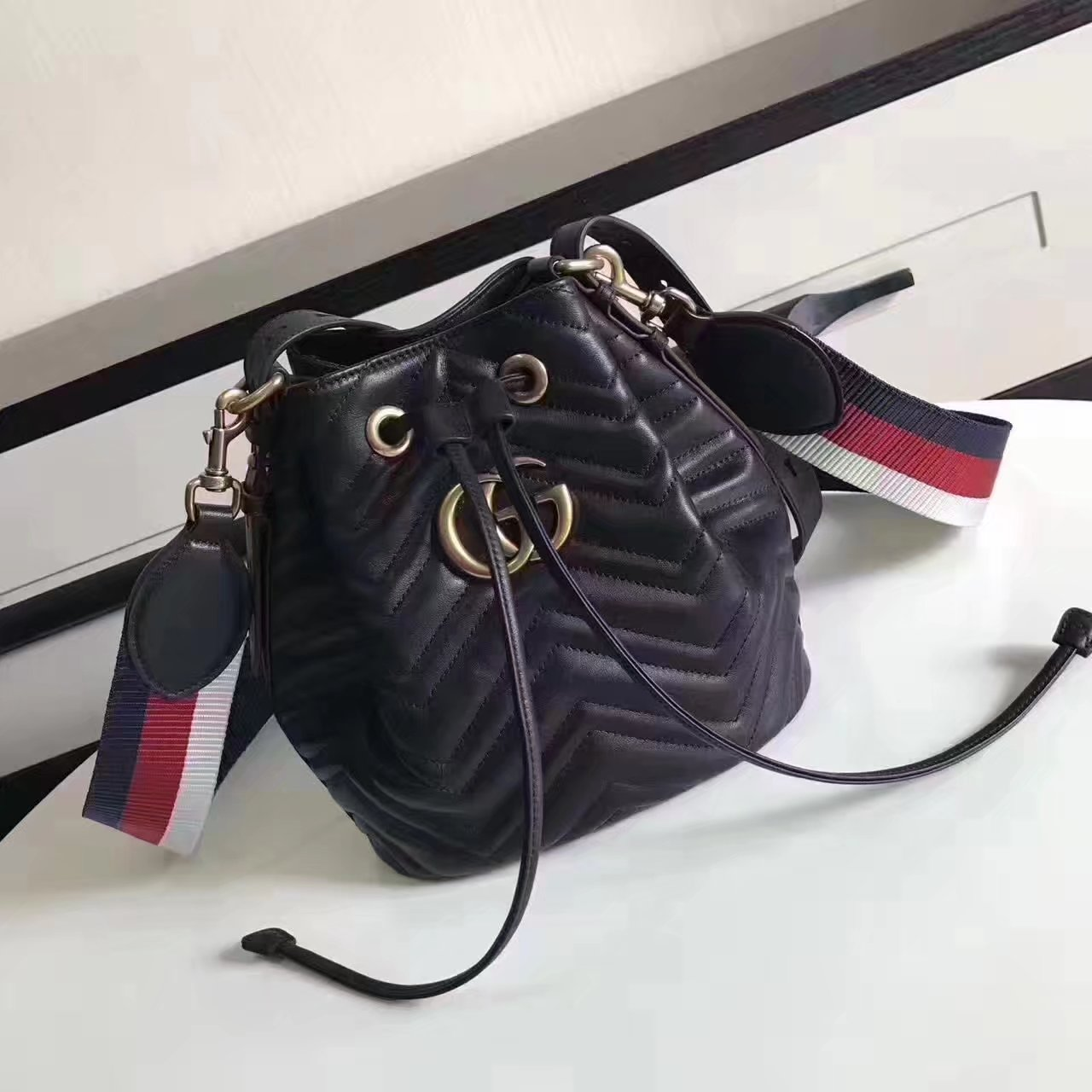 Original Gucci 476674 GG Marmont Quilted Leather Bucket Bag Black