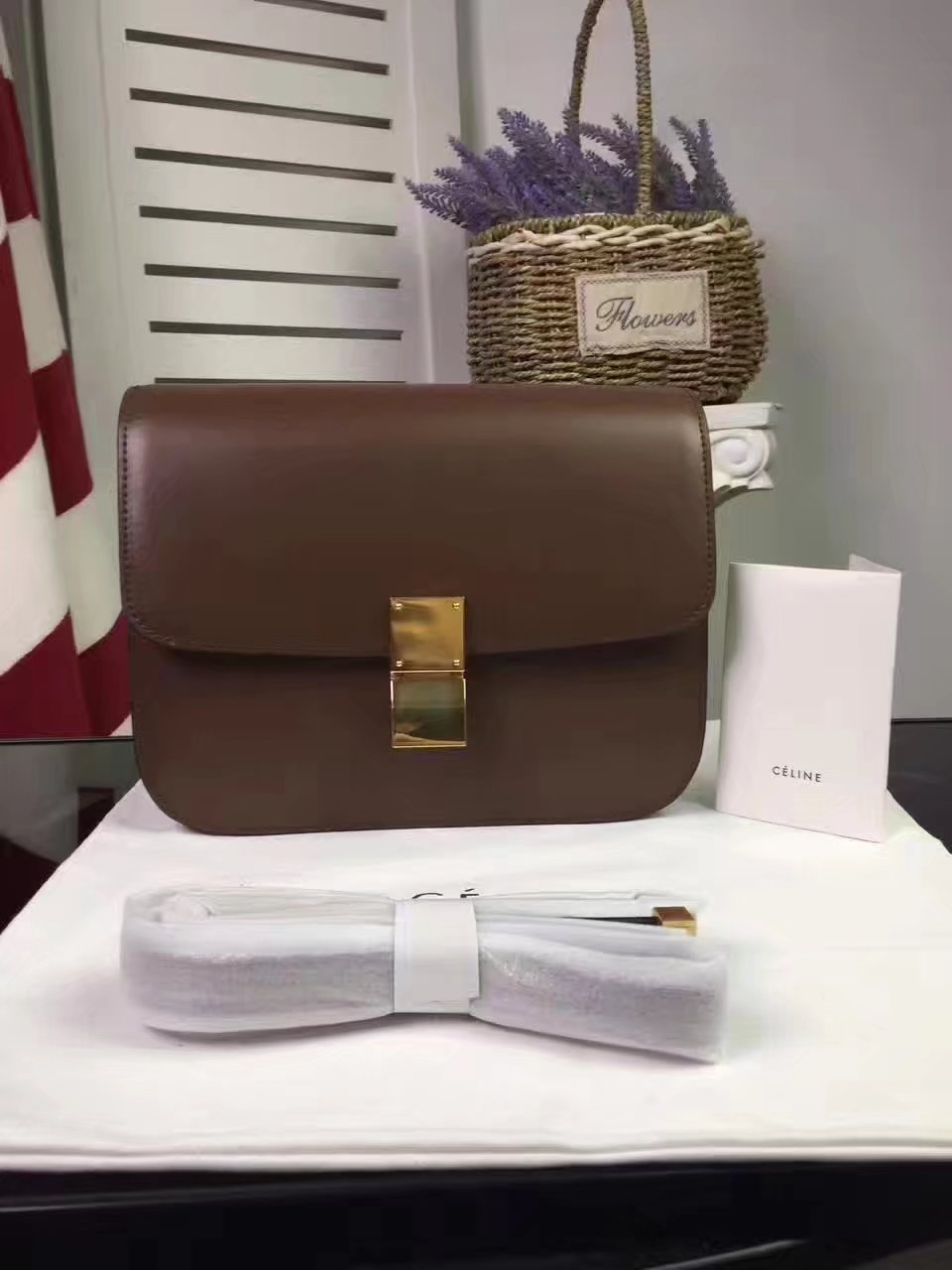 Original Quality Celine 24cm Clasp Classic Box Bag Coffee