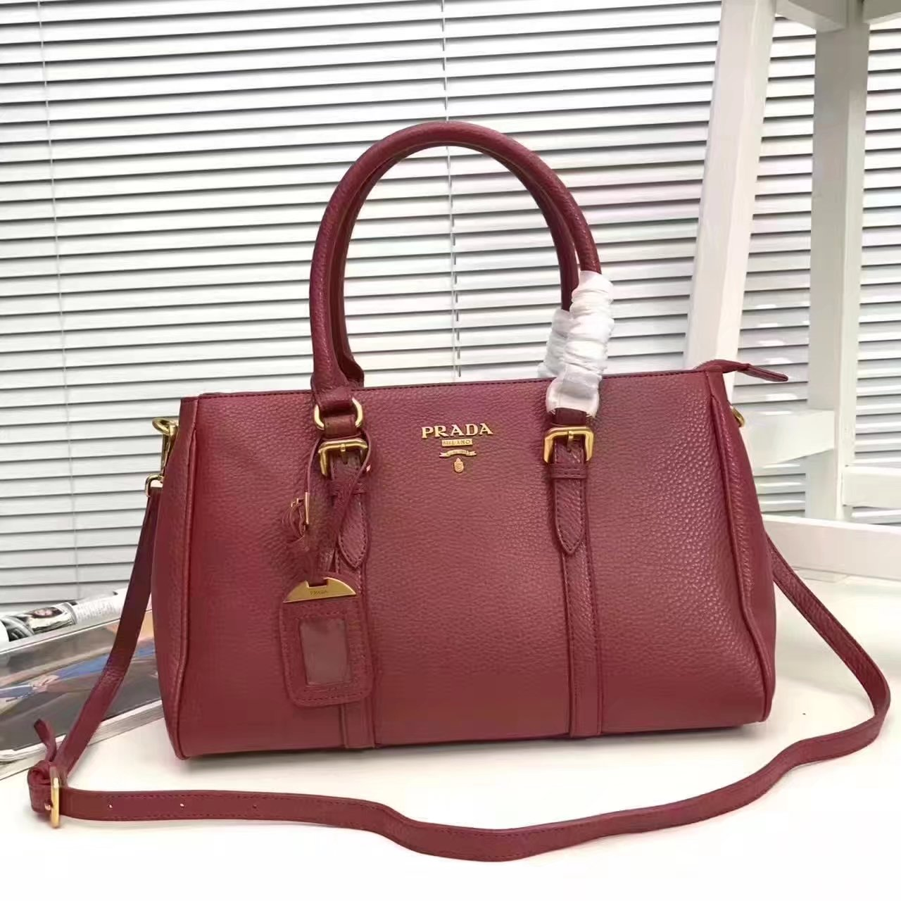 Prada 2996 Women 175 Tote Handbag Red