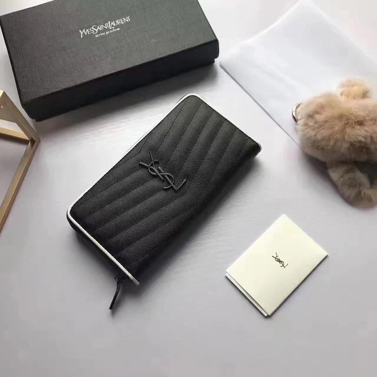 Yves Saint Laurent Fashion Leather Zip Wallet Black